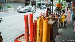 Bangkok's street (Lцdо\/іс) Tags: bangkok lцdоіс thailande thailand thailandia thai street china town vie life voyage