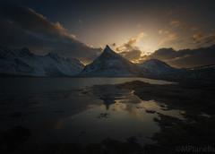 Cuando las luces se van , empieza a soñar (Mplanells) Tags: atardecer sunset lofoten sonya7ii