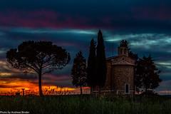 Cappella di Vitaleta - last light (AnBind) Tags: ausland fotoreise orte urlaub arrreisen italien cinqueterreundtoskana ereignisse 2017 sanquiricodorcia toscana it