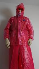 xDSC_0478_cr (coatrPL) Tags: raincoat rainwear rainsuit rainjacket pvc plastic waterproof fetish coat shiny hooded płaszcz pcv przeciwdeszczowe gloves rubber transparent polkadot kaptur