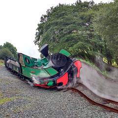 Round The Twist (Tanllan) Tags: wllr welshpool llanfair light railway wales heritage tourist railroad steam train gimp artistic whirlandpinch bagnall superb