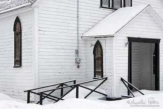 Hors saison, entrée de l'église anglicane St-George