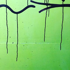 Tears running down (Rosmarie Voegtli) Tags: colorful passage unterführung graffiti gare bahnhof station dornach—arlesheim square tears lines 2colors 2colours black green streetart minimal minimalism inexplore