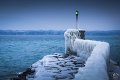 coup de froid (MB*photo) Tags: versoix bise glace hiver ice lakegeneva léman suisse switzerland wwwifmbch geneva winter hivernal