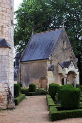 courtanvaux-3 (xtrice) Tags: château chapelle courtanvaux bessésurbray sarthe france ubuntu rawtherapee gimp