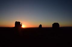 Sunrise at Monument Valley (2) (takashimuramatsu) Tags: monumentvalley sunrise theviewhotel nikon d810 モニュメントバレー 日の出