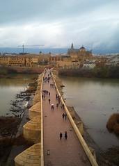 Puente Romano sobre el río Guadalquivir, Córdoba, España (joseange) Tags: puenteromano guadalquivir córdoba andalucia spain