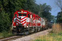 Freight at Iron Ridge (Moffat Road) Tags: wisconsinsouthern wsor emd sd402 4002 hj horiconjanesville freighttrain ironridge wisconsin wi