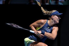 Australian Open: Angelique Kerber and Simona Halep Advance to Semifinals (psbsve) Tags: noticias curioso movie interesante video news imágenes world mundo información política peliculas sucesos acontecimientos entertainment