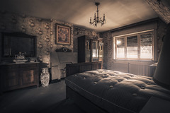 Before I go to sleep, I imagine you're by my side (Marco Bontenbal (Pixanpictures.com)) Tags: nikon d7100 tokina 1116 lost abandoned decay decayed old ue urbex urban urbanexploring photography beautiful belgium natural light naturallight lonely sleep bed bedroom europe exploring eu empty emotion world mysterious maison forgotten hidden house