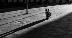 End of the day, beginning of life (brunomalfondet) Tags: clairobscur colombie perspective noiretblanc enfants popayan street surlevif jouer skateboard ville soir lumièredusoir