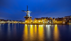 Molen de Adriaan (1779) aan de Papentorenvest te Haarlem (zilverbat.) Tags: bluehour city dutch haarlem longexposure nightshot thenetherlands zilverbat longexposurenetherlands longexposurebynight longexposurewater nightphotography tourist molen mill dutchpride papentorenvest deadriaan ngc erfgoed heritage monument koudenhorn wallpaper bookcover holland culture mills waterfront spaarne winter wintertime night town skyline water river netherlands noordholland reflections