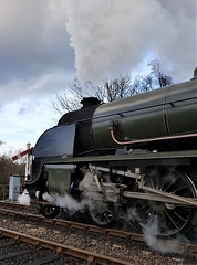 2018 0212 526 (SGS8+) Bluebell Railway; Sheffield Park (Lucy Melford) Tags: samsunggalaxys8 bluebell railway steam train departing southern sheffield park