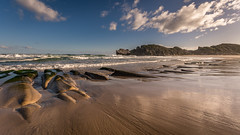 lonely beach (hjuengst) Tags: robberg naturereserve plettenbergbay southafrica gardenroute beach ocean indianocean clouds