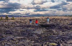 Mauna Ulu Lava Fields (wyojones) Tags: hawaii hawaiivolcanoesnationalpark chainofcratersroad maunaululavafields vistors tourists pahoehoe wyojones np