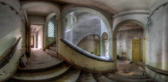 auf halber Treppe (Foto_Fix_Automat) Tags: panorama industry lostplaces urbex urbanexploring eastgermany abandonedplaces indoor stairway