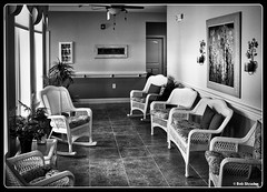 Airy Setting (Bob Shrader) Tags: kyle texas unitedstates room airy assistedliving memorycare chair window wall floor grain olympusem5 lumixg20mmf17 primelens blackandwhite monochrome microfourthirds m43 mft raw interior hayscounty preset luminar2018 silvercrystals design interiordesign