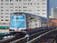 Metro RET Rotterdam (sander_sloots) Tags: metro rotterdam subway zuidplein ret sets metrostel metrostation mg21 type bombardier