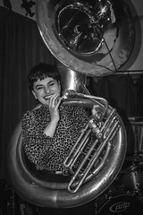 Sousaphonist? (tim.perdue) Tags: sousaphonist smiling sousaphone smile tuba brass band new basics mardi gras 2018 rambling house columbus ohio girl woman person figure portrait candid street black white bw monochrome fat tuesday nikon d7200 nikkor 1685mm bar club concert performance stage music leopard print face happy laugh