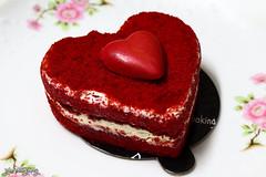 Velveteen Pleasures (smzoha) Tags: cake red velveteen closeup flickrfriday simplepleasures beautiful vibrant colorful flavors tasty 7dwf minimal