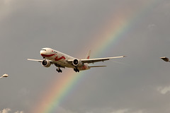 B2006 (FabioZ2) Tags: londra atterraggio airchina boeing 77739ler cn44931 specialcolor