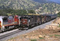 8390 02-05-95 (IanL2) Tags: southernpacific sp emd sd40t2 8390 tehachapi california usa railroad trains railways thecans