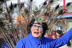 Eschweiler, Carnival 2018, 099 (Andy von der Wurm) Tags: karneval carnival carnivalparade karnevalsumzug karnevalszug costumes kostüme kostueme verkleidet verkleidung dressedup smile smiling lächeln lachen lustforlife groove lebenslust eschweiler 2018 nrw nordrheinwestfalen northrhinewestfalia germany deutschland allemagne alemania europa europe andyvonderwurm andreasfucke hobbyphotograph male female girl teenager twen funkemariechen funkenmariechen funkenmarie bunt colorful colourful