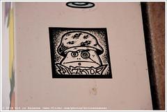 PILZATOR (Dit is Suzanne) Tags: 09112017 img1882 spanje spain испания balearen balearicislands балеарскиеострова illesbalears islasbaleares majorca mallorca мальорка ©ditissuzanne canoneos40d tamron18200mmf3563diiivc herfst autumn осень palmademallorca пальмадемальорка wandeling walk прогулка наклейка граффити стритарт streetart graffiti sticker pilzator noncoloursincolour approximategeotag geotagbijbenadering views50