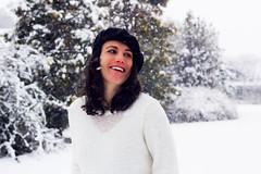 Per la prima volta.. Carolina (letiziabianchi) Tags: sorella sister pregnancy pregnant snowithe snow nebe neve biancaneve love lovely tenerezza amore letitsnow