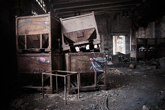 (bananahh) Tags: urbanexploration industrie fabrik stillgelegt leer decay abanoned industrial streetart