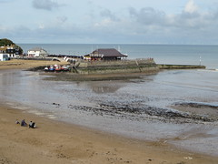 Broadstairs - low tide (Dubris) Tags: england kent thanet broadstairs seaside coast beach sand lowtide harbour harbor
