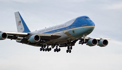 airforceone_07_25012018_10'15 (eduard43) Tags: airforceone usa amerika vereinigtestaaten zürichkloten wef davos 2018 januar boeing 747200b präsident airport aircraft airplains approach landung