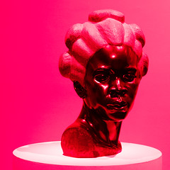 bEyonD! (m_laRs_k) Tags: olympus omd sculpture lightroomed crazy usa nyc manhattan museumofartsdesign ny tschong pop warhol andy beyond pink red ott