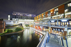 The Canal At The Mailbox, Birmingham 25/10/2017 (Gary S. Crutchley) Tags: canal side mailbox worcester birmingham uk great britain england united kingdom urban city cityscape west midlands westmidlands nikon d800 local night shot nightshot nightphoto nightphotograph image nightimage nightscape time after dark long exposure evening travel street slow shutter raw