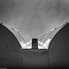 look upwards (fhenkemeyer) Tags: square sky bw architecture netherlands nl scheveningen denhaag