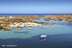 un matin d'été dans le petit port du Mazou en Porspoder (pascalkerdraon) Tags: bretagne brittany finistere iroise mer port mazou porspoder