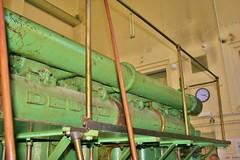Humboldt-Deutzmotor (ffdabei) Tags: motor kraft oldtimer gewaltig grün halle messing stahl eisen