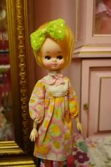 Dolly room... (Primrose Princess) Tags: vintage posedoll mannequin vintagemannequin dollyroom pink princess dollydreamland primroseprincess