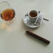 Café, copa y puro.  Como Dios manda