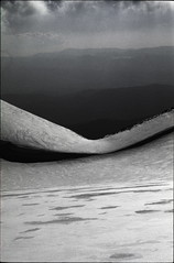 80-02-28_34_raw (paoloserra) Tags: rawtherapee monte montagna velino mountain pentaxmx reflectapm10 cielo sky neve snow inverno winter panorama landscape diapositiva diapo slide ektachrome kodak