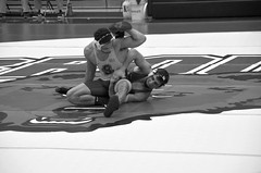BRO-STA 165 2018-01-13 DSC_8349 bw (bix02138) Tags: brownuniversity brownbears stanforduniversity stanfordcardinal pizzitolasportscenter pizzitolasportscenterbrownuniversity providenceri january13 2018 wrestling sports intercollegiateathletics athletes jocks ©2018lewisbrianday 165pounds 165 jonviruet jaredhill