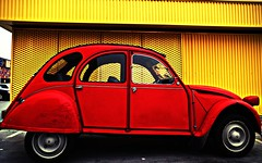 2CV (portalealba on holidays) Tags: zaragoza colorful portalealba pentax pentaxk50 1001nights 1001nightsmagiccity red rojo