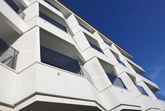 Facade (roomman) Tags: 2018 spain peniscola trip coast med mediterranean sea water ocean rh hotels hoteles facade white window