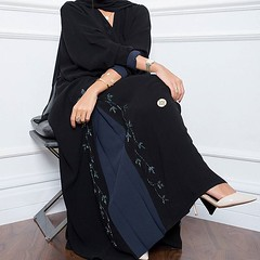 #Repost @elegant.boutique_ with @instatoolsapp ・・・ E21 عباية سودا مع كحلي مع شك✨ #subhanabayas #fashionblog #lifestyleblog #beautyblog #dubaiblogger #blogger #fashion #shoot #fashiondesigner #mydubai #dubaifashion #dubaidesigner #dresses #openaba (subhanabayas) Tags: ifttt instagram subhanabayas fashionblog lifestyleblog beautyblog dubaiblogger blogger fashion shoot fashiondesigner mydubai dubaifashion dubaidesigner dresses capes uae dubai abudhabi sharjah ksa kuwait bahrain oman instafashion dxb abaya abayas abayablogger