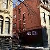 Amours de ruelles... (woltarise) Tags: montréal centreville ruelle art architecture bâtiments couleurs hipstamatic streetwise