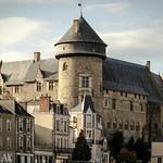 Laval VIeux chateau thumbnail