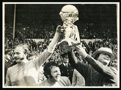 img290 500desc P-F (bullfield) Tags: wembley london 1971 telfordunited final hillingdon wellington shropshire trophy