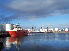Quiet Reflections, Aberdeen Harbour, Aberdeen, feb 2018 (allanmaciver) Tags: red vessel white reflections water blue clouds drums aberdeen harbour north east coast calm allanmaciver