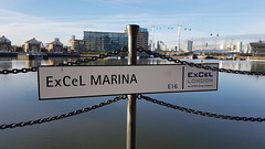 London - England (Been Around) Tags: unitedkingdom water grosbritannien europa europe westerngateway excelmarina canningtown docklands uk london gb england emiratescablecarlondon eastlondon beenaround