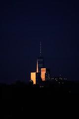 Last glimpse of daylight (Z!SL) Tags: nyc newyork newyorkcity ny light cityscape cityline cloudsstormsunsetssunrises sunset sun reflection bluehour blue a6300 ilce6300 urban unitedstates sonyphotographing sony sel55210 emount minoltaemount mirrorless sonyflickraward blau